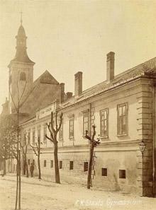 Gymnázium, kolem roku 1945